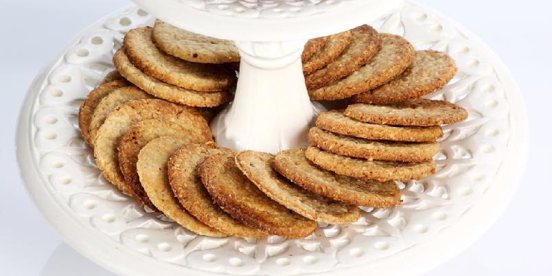 Havrekjeks - Sprø og næringsrike havrekjeks. Smaker godt sammen med syltetøy eller brunost.
