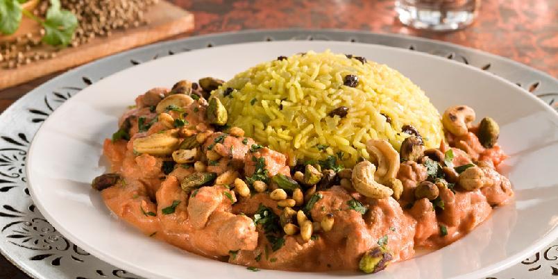 Tyrkisk pilaff (krydret ris) med lam - Det tyrkiske kjøkken er ansett som ett av de mest innflytelsesrike i verden. Det første som faller oss inn er selvfølgelig kebab. Men de har mye annen mat med spennede smaker, som denne pilaffretten.