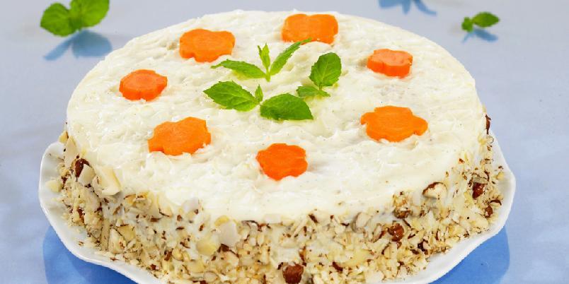 Gulrotkake - Her har du oppskriften for deg som liker å få i deg grønnsaker når du spiser kake!