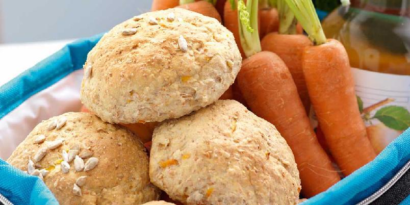 Gulrotrundstykker - Et spennende rundstykke som passer til alle dagens måltider.
