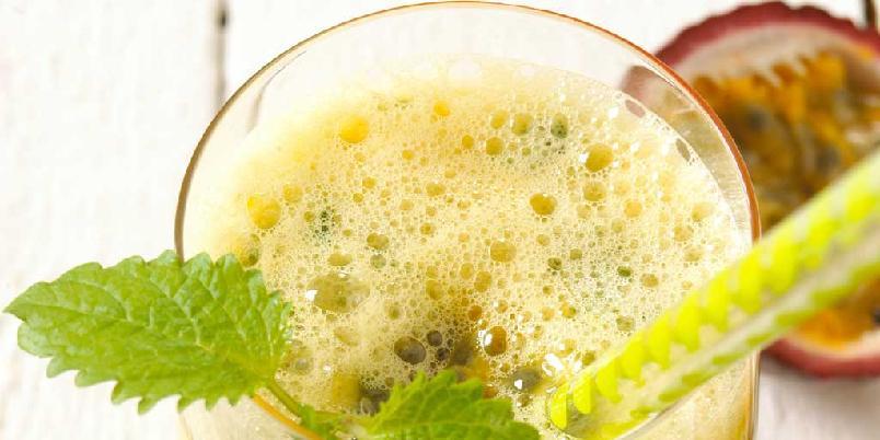 Morgengull - Dette er smoothien som får deg til å våkne. Masse fine vitaminer og mineraler, og en snert av chili.