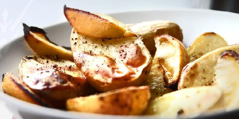 Ovnsbakte poteter - Slik lager du deilige, ovnsbakte poteter som blåser seg opp.