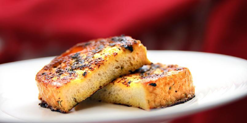 Klassisk French toast - Her er den klassiske oppskrfiten på french toast (og så finner du noen variasjonsforslag).