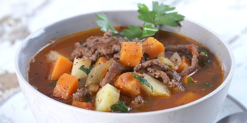 Hverdagssuppe med grønnsaker - Dette er en kjempegod suppe som er rask å lage.