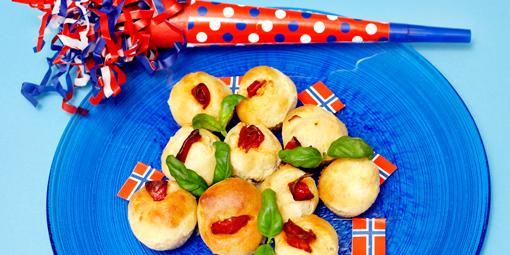 Minimuffins med chorizo - Disse utgjør bare én munnfull hver og er perfekte som fingermat.