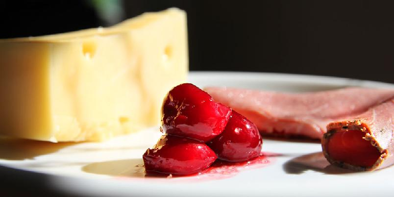 Kirsebær til osten - Osten blir bedre med disse bærene.