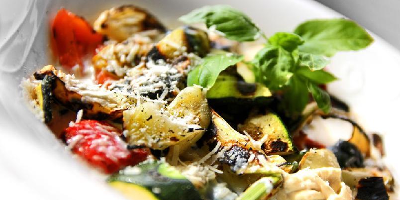 Aspargessalat - Det er ikke vanskelig. Bare veldig moro å lage tilbehør til grillen.