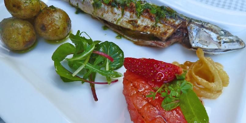 Makrell med melontartar og glasert fennikel - Pir, minimakrell, er god enkel sommer mat som kan varieres stort, grilling røyking baking steking.