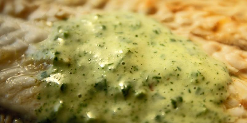 Grønn saus med karse - Denne sausen egner seg godt til hvit fisk.