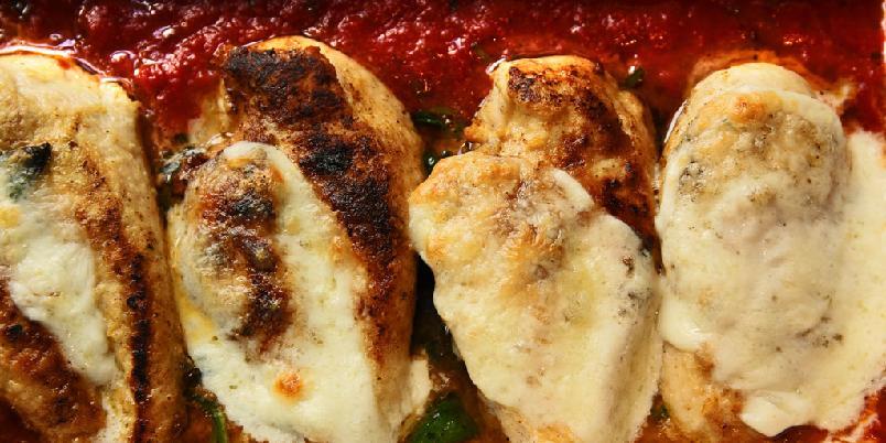 Italiensk hurtigkylling - Kjapp, italiensk hverdagsmat blir godt med kylling og mozzarella.