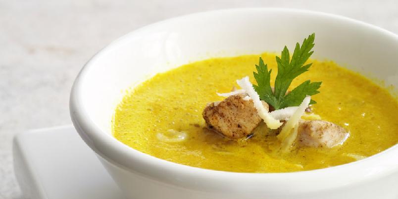 Karrisuppe med kylling - En varmende, god suppe med masse karri.