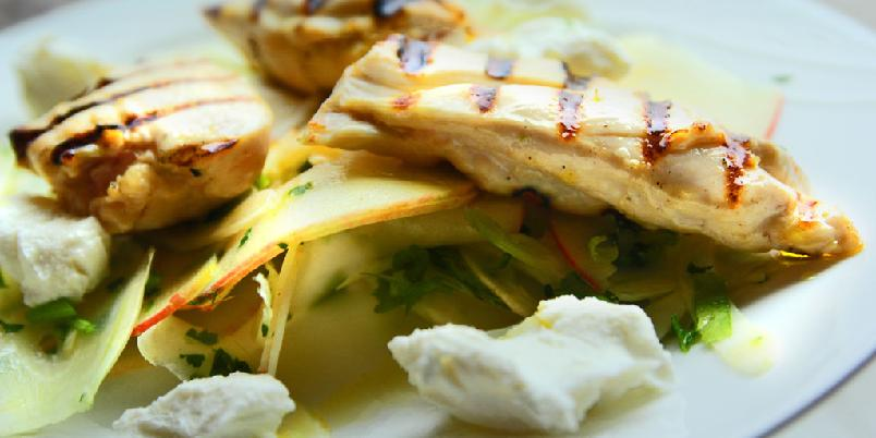 Kylling og chèvre - Middag på 20-minutter. Dette middagstipset er gull verdt.