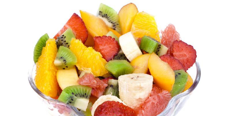 Tropisk fruktsalat - Denne fruktsalaten er perfekt på varme sommerdager.