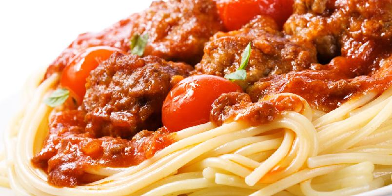 Spagetti amatriciana - Den aller beste pastasausen. Bruk gjerne halv mengde pancetta om det er ønskelig med en slankere og rimeligere saus.