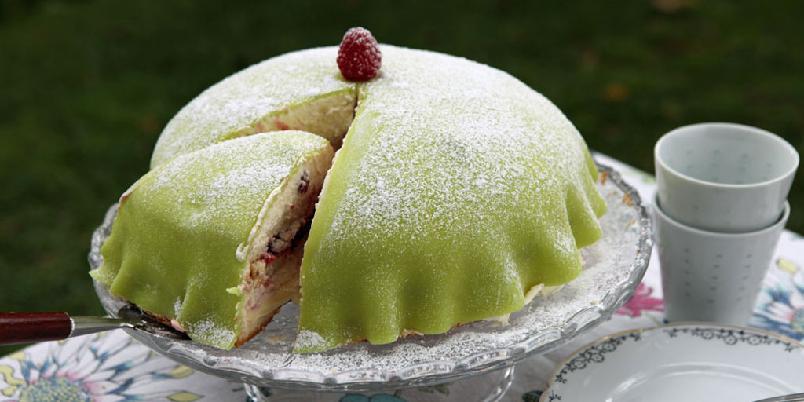 Prinsessekake på svensk - Prinsessekake er enkleste måten å lage en imponerende kake på.