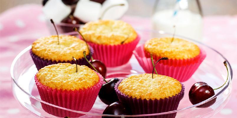 Muffins med moreller - Pass på tenna, for her er det en overraskelse midt inni!
