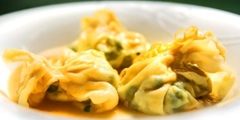 Fylt pasta med spinat og ricotta - Å fylle pasta er å gi den godt innhold. Her er det klassisk, italiensk tilbehør med spinat og ricotta.