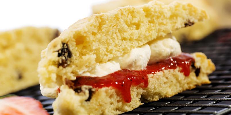 Supergode scones - Det krevet mye godt smør for å få de perfekte sconesene!