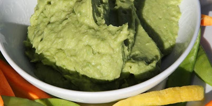 Dipp med favabønner og avokado - Herlig dipp til chips og grønnsaker