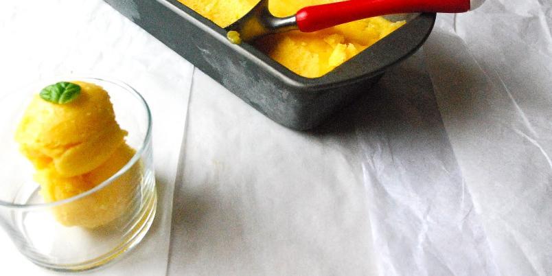 Frisk mangosorbet - En smaksopplevelse du sjelden vil glemme