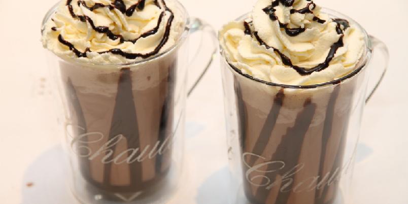 Iskald sjokoladefrappuccino - En iskal energibombe. Supergodt en varm sommerdag!