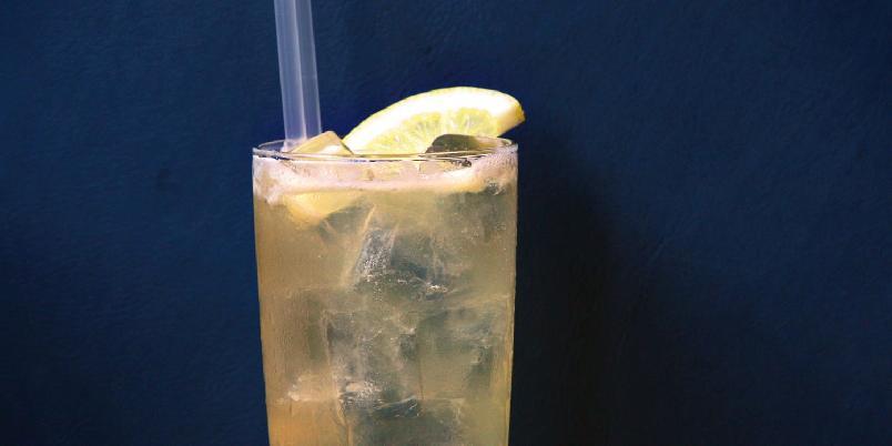 Lynchburg Lemonade - Lynchburg Lemonade har en frisk, sursøt smak, men med en kompleks og mørk undertone fra Jack Daniel's.