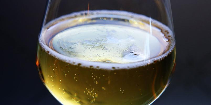 Clara - Denne drikken kalles også shandy og panache. Det er rett og slett en blanding av øl og sitronbrus.