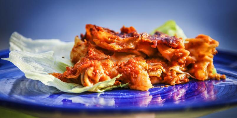 Ovnsstekt pasta med tomat og mozzarella - Ovnsbakt pasta blir alltid godt med tomat og mozzarella.