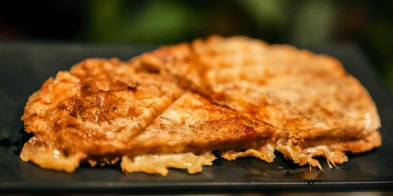 Frokostbrød i vaffeljern - Bruk vaffeljernet til å lage deg en god frokost.
