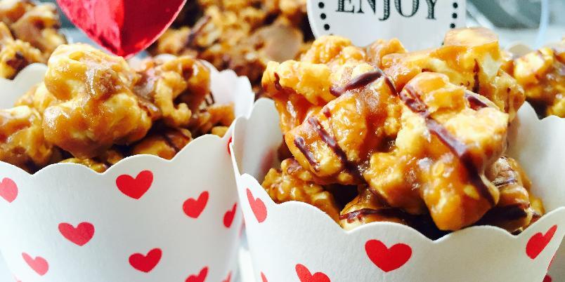 Popcorn med sjokolade og karamell - Disse er veldig enkle å lage!