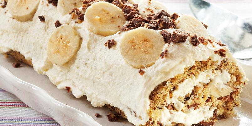 Luksusrull med hasselnøtter, sjokolade og banan - Denne rullekaken er veldig populær!