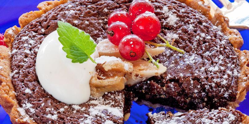 Sjokoladepai - Nydelig pai fylt med verdens beste sjokoladefyll!