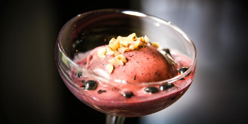 Blåbærparfait - Dessert med blåbær