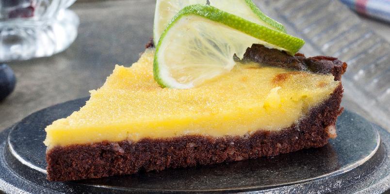 Sjokolade- og sitronpai - Denne oppskriften cir ca. 10 biter.