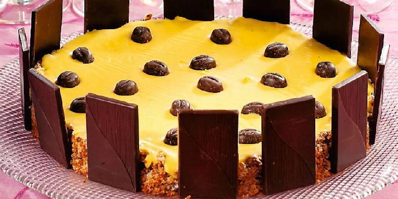 Glutenfri suksessterte - Oppskriften gir ca. tolv biter.