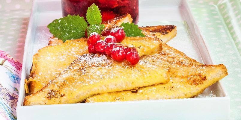 Arme riddere - Tørt brød kan fort bli en herlig dessert!