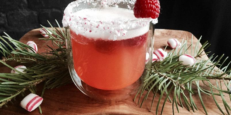 Fancy julecocktail - Her er ett lite tips til en kjempegod drink til julebordet eller til julefesten! Veldig enkel å lage. Og ser veldig fancy ut;-)
