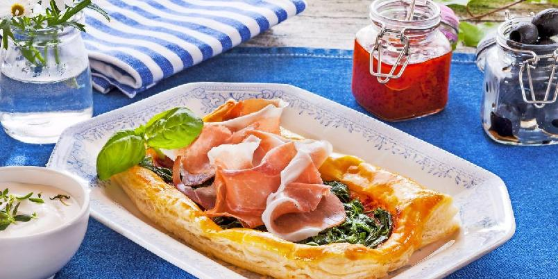 Spinatpai - Lag en nydelig pai til lunsj eller middag!