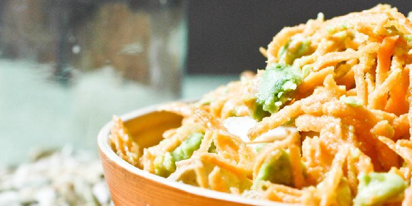 Avokado- og gulrotsalat -