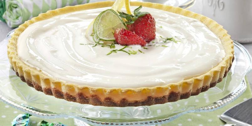 Ostekake i paiform - Frisk og fløyelsmyk ostekake som smelter i munnen!