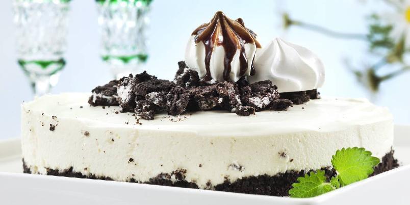 Ostekake med Oreo - Herlig ostekake med Oreokjeks, som faller i smak hos store og små!