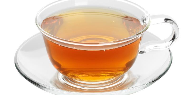 Varm bourbon-cider - Bourbon, eplecider og krydder gjør dette til en både frisk og varmende drink.