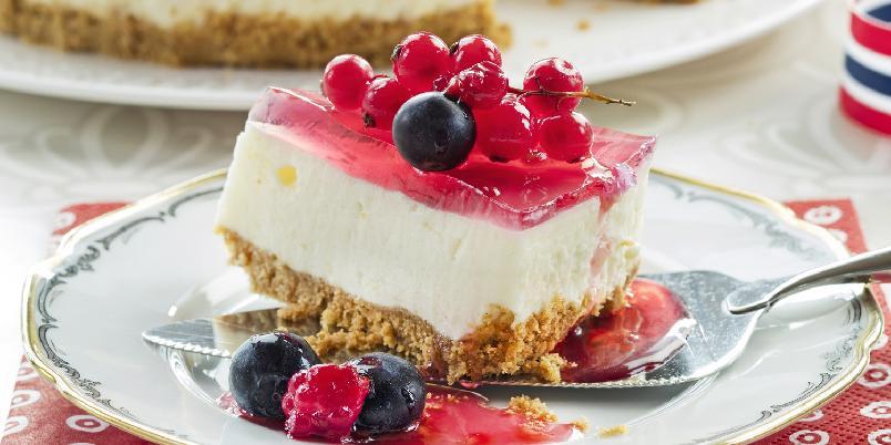 Klassisk ostekake - Deilig ostekake med gelélokk.