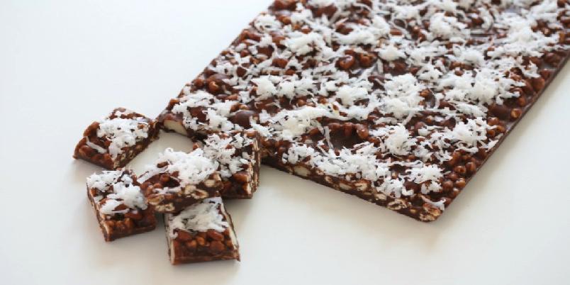 Bergens delight med belgisk sjokolade  - Kjapp og enkel sjokoladesnacks som er toppet med kokos. Garantert en dessertvinner!