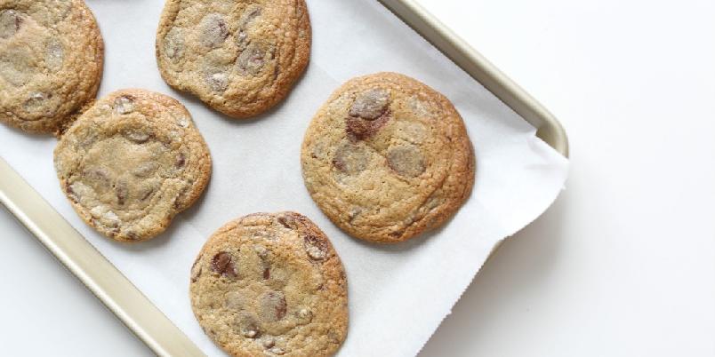 Raske sjokoladecookies - Dårlig tid? Disse sjokoladecookiesene lager du på fem minutter!