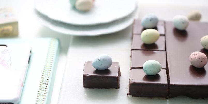 Silkemyk sjokoladekake - Vanvittig god og myk sjokoladekake som få klarer å holde seg unna...