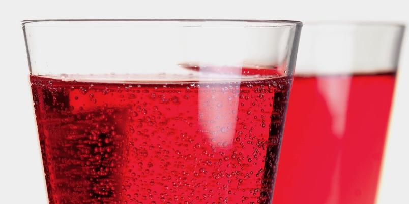Kir Royal - En virkelig luksuriøs aperitif med champagne og crème de cassis.